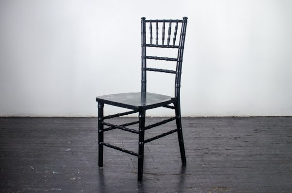 Event-Wedding black chiavari chair